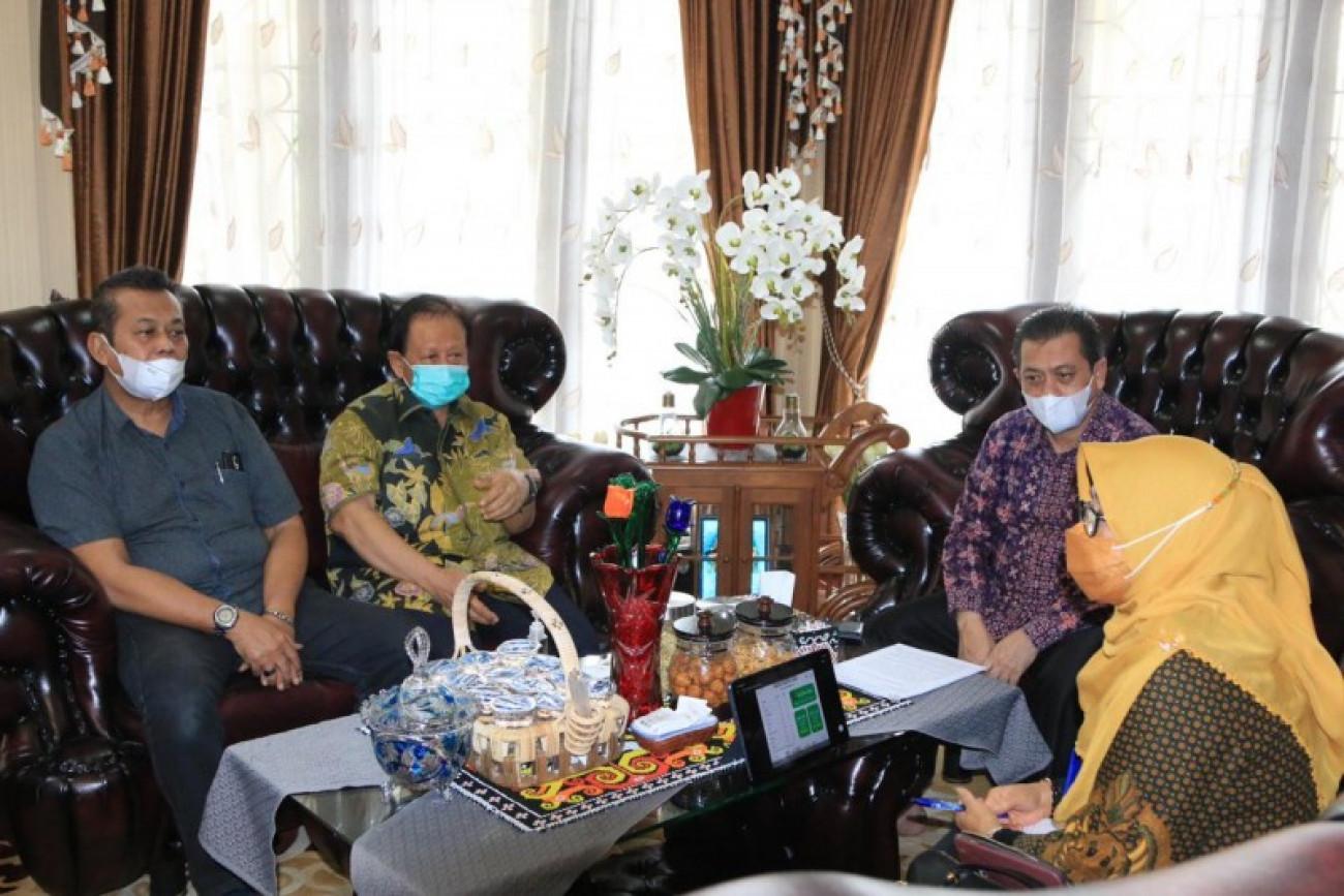 Pemprov Siapkan 500 Ribu Vaksin Untuk Masyarakat Petani Kelapa Sawit