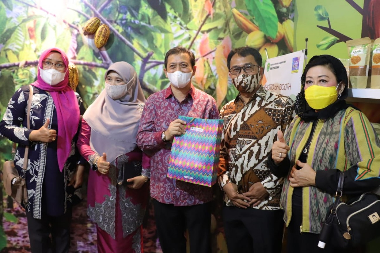 Disbun Turut Ramaikan Explore Borneo Indonesia 2021