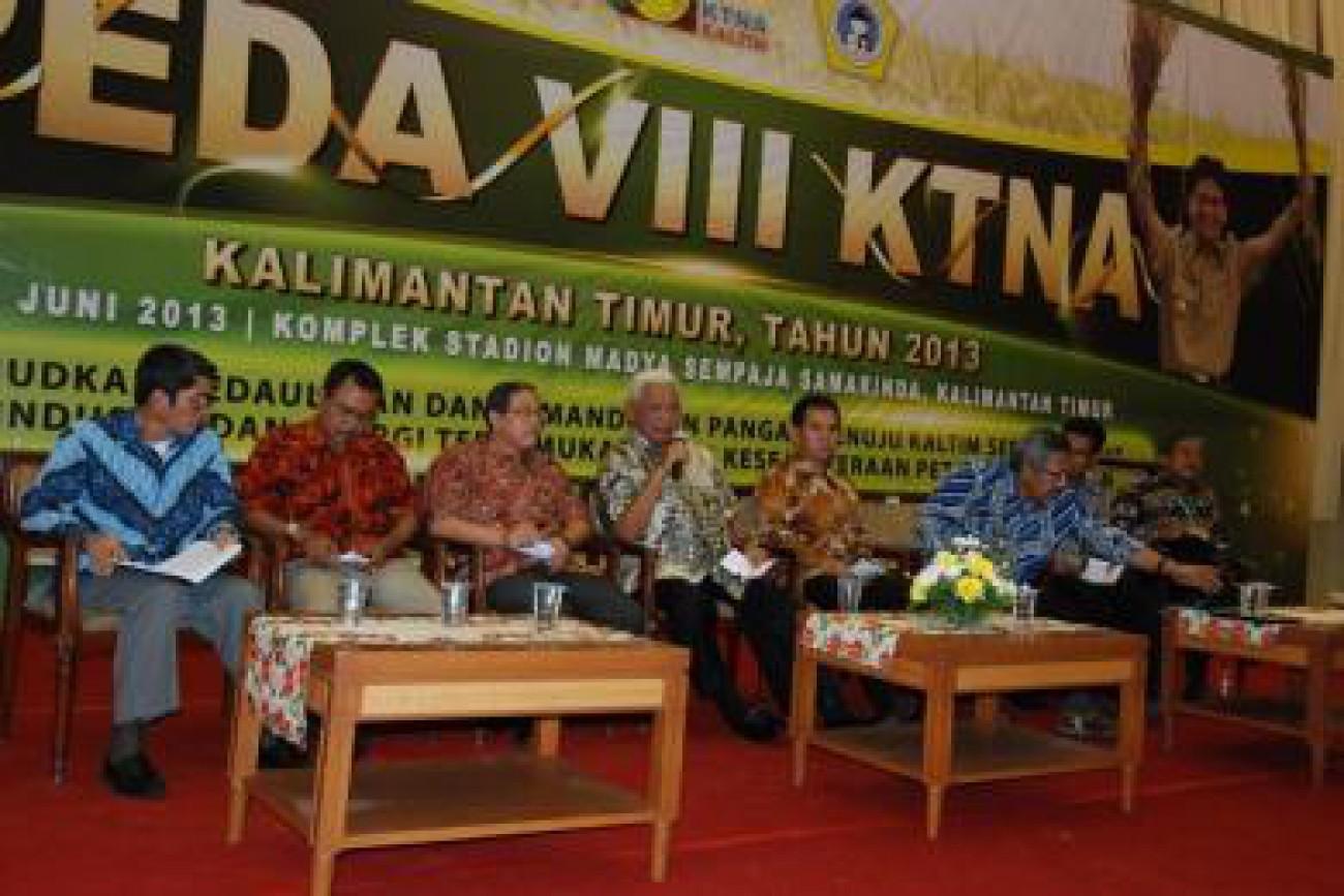 Gubernur Ajak Bupati/Walikota Perhatikan Petani dan Nelayan