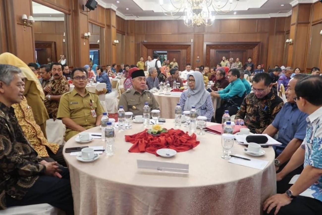 Dengar Pendapat Roadmap Kelapa Sawit Nasional Diikuti 3 Wilayah