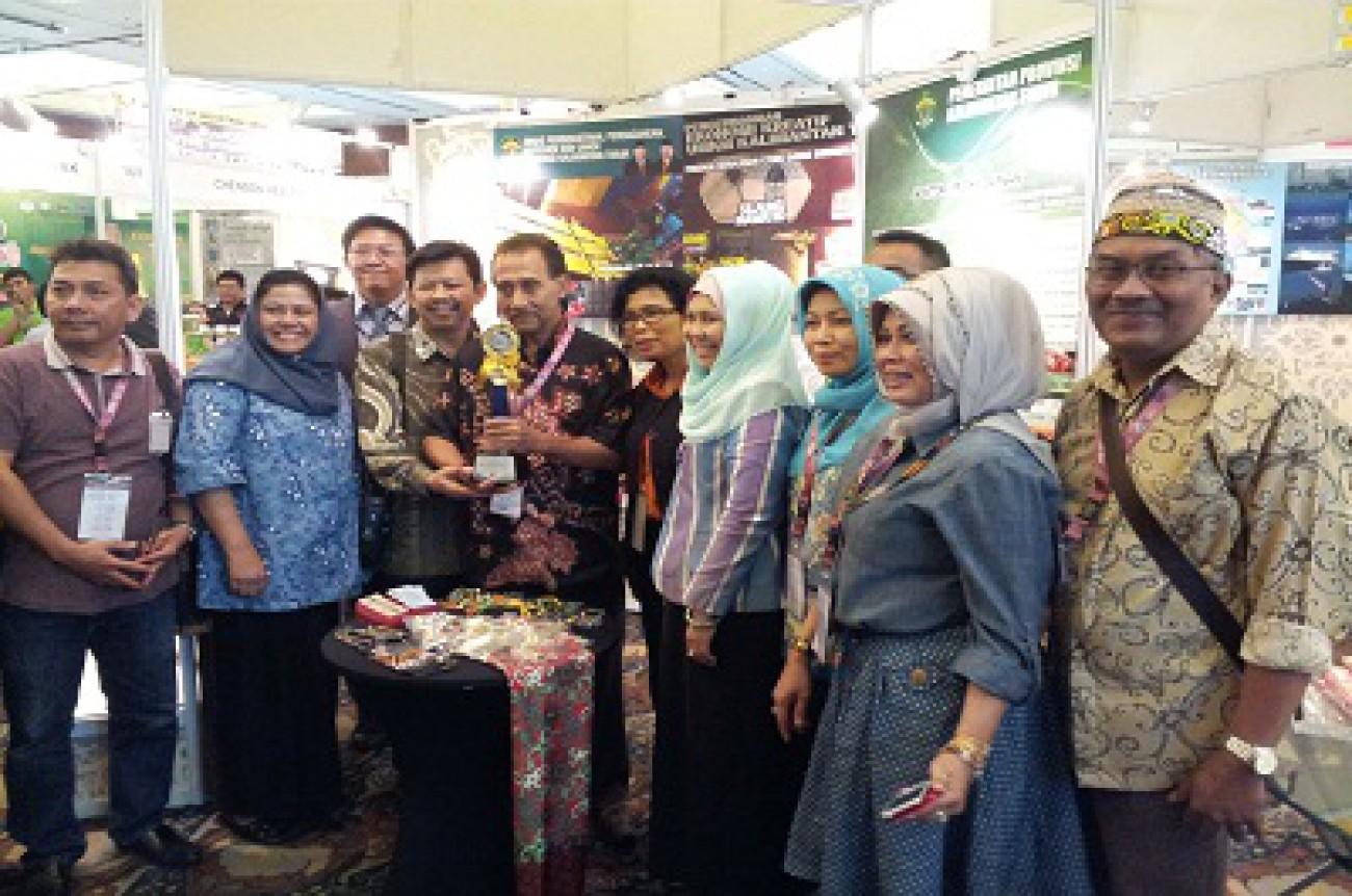 Kaltim Raih Best Booth Display Sabah International Expo 2014