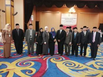Gubernur Kaltim Lantik Pejabat Esselon III/IV Disbun
