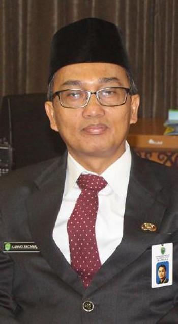 Ujang Rachmad Dilantik Sebagai Kepala Dinas Perkebunan