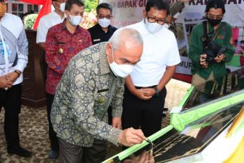 Gubernur Resmikan Tiga Gedung Sekolah Di Muara Wahau