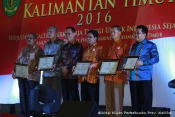 UPTD Pengawasan Benih Perkebunan Terima Penghargaan Gubernur Kaltim