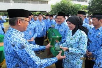 Situs Web Disbun Masuk 10 Besar Lomba Web Kementerian Pertanian 2013